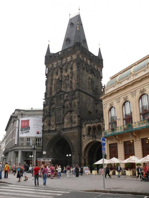 Wieża Prochowa wzniesiona przez Władysława Jagielończyka #Praga