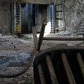 #krzesło #brama #StaryBudynek #OpuszczonyBudynek