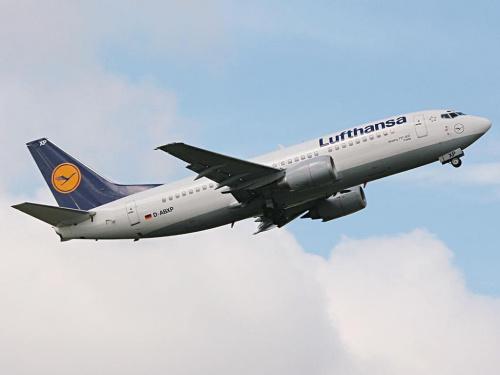 #Lufthansa #b733
